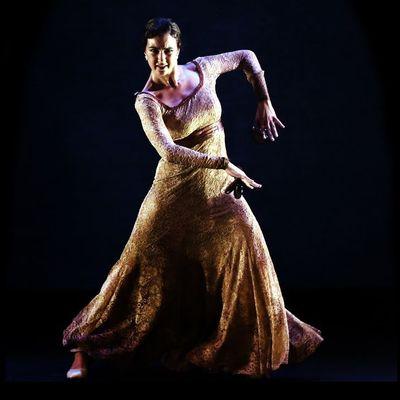 carolina pozuelo Clases particulares de danza española clases baile flamenco madrid
